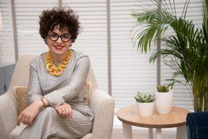Ana Mancebo inaugura nuevas instalaciones de su centro de belleza en Negreira.