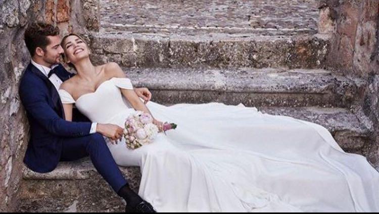 David Bisbal se casa con Rosanna Zanetti vestido de Félix Ramiro